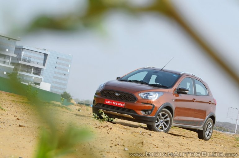 Ford Freestyle diesel review front three quarters