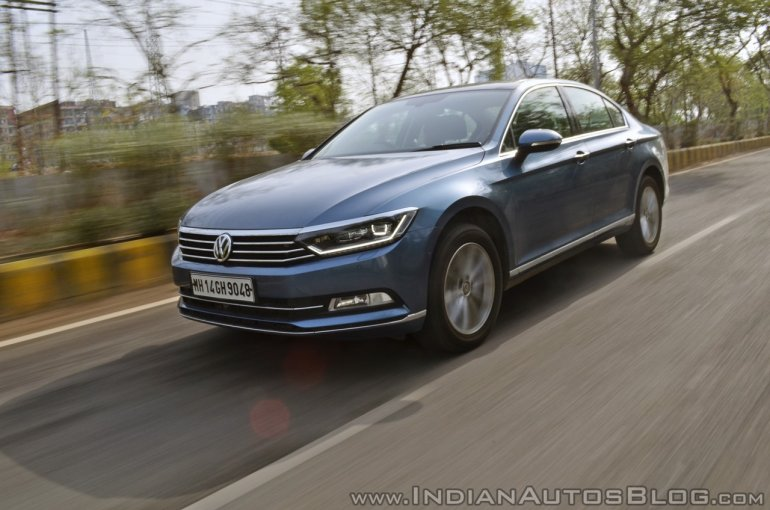 VW Passat review front three quarters motion (2)