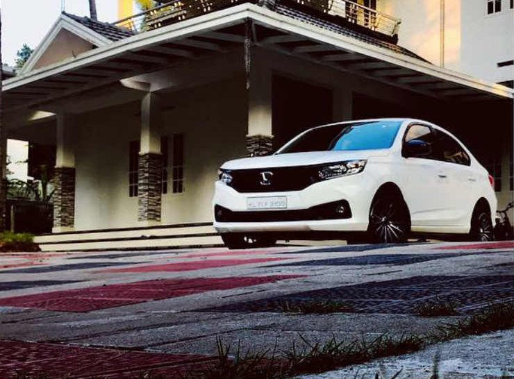 Modified 2018 Honda Amaze White Front Three Quarters Im